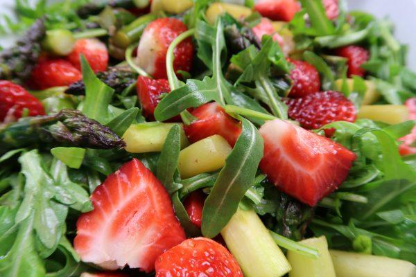 Spargel-Erdbeer Salat Body IP